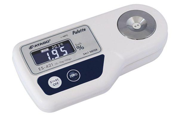Khúc xạ kế điện tử đo độ mặn pallete ATAGO ES-421